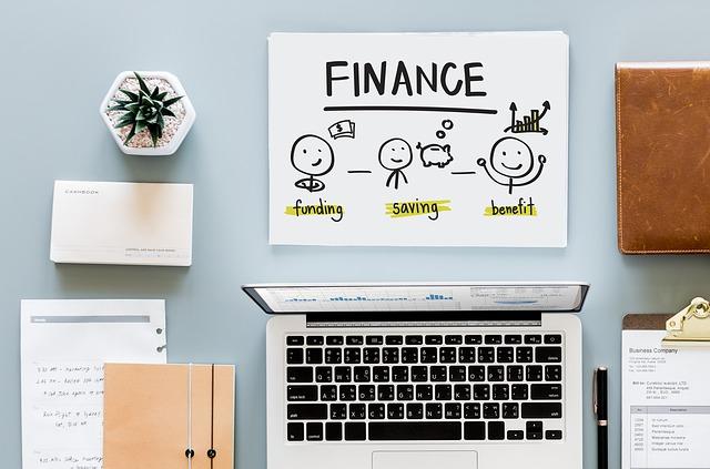 Pénzügyi, pénzügyi terv, pénzügyi szolgáltatások, befektetés, biztosítás, banki szolgáltatások